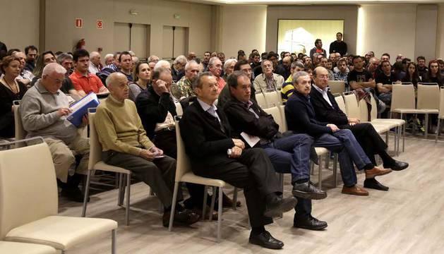 Imagen de los socios durante el transcurso de la Asamblea