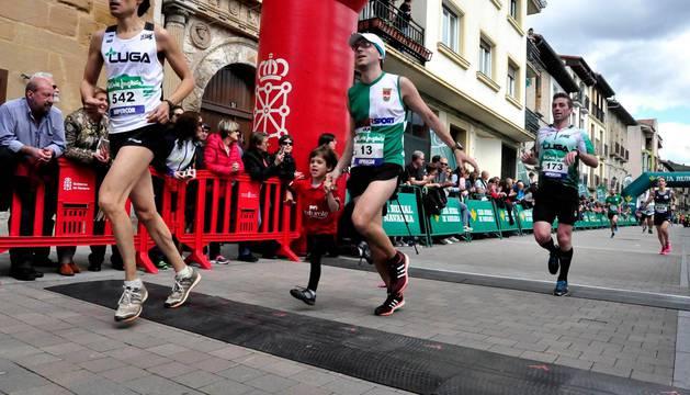 El pasado año la carrera tuvo la salida y meta en Villava.