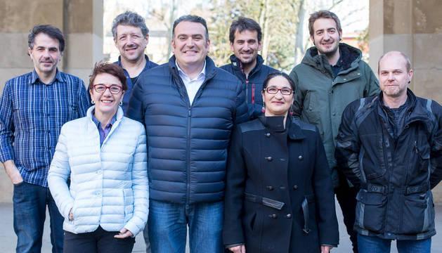 De izquierda a derecha: Eneko Ibañez, Mª Caridad Goikoetxea, Juan Carlos Orozco, Javier Vinacua, Josu Muñoa, Inma García, Iñaki Andradas y Gorka Lure.