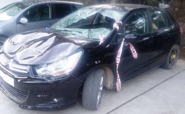 Imagen del coche tras el atropello mortal de Tudela.