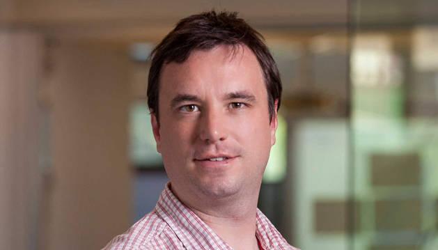 foto de James Wilson, investigador senior de Orkestra y director del Máster de Competitividad e Innovación de Deusto Business School