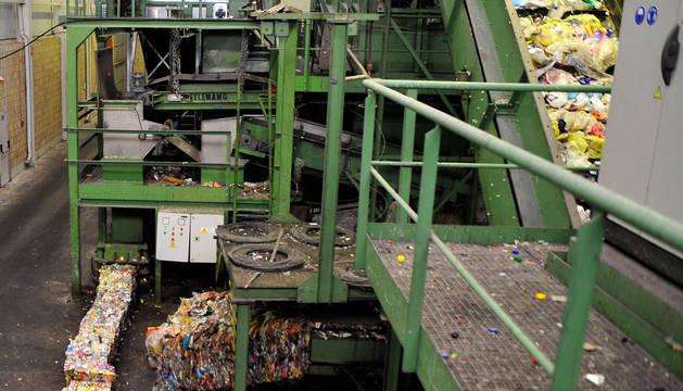 Imagen de una planta de tratamiento de residuos.