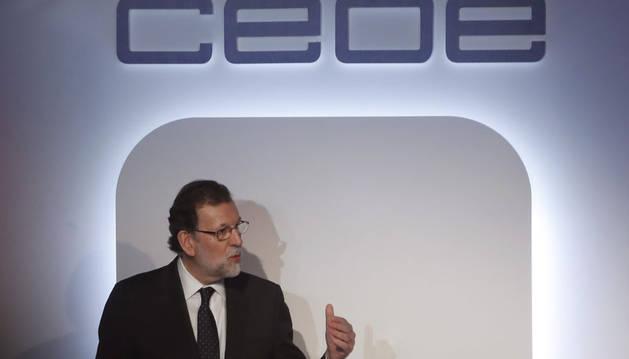 Rajoy anuncia que la previsión de crecimiento para 2017 se elevara al 2,7%
