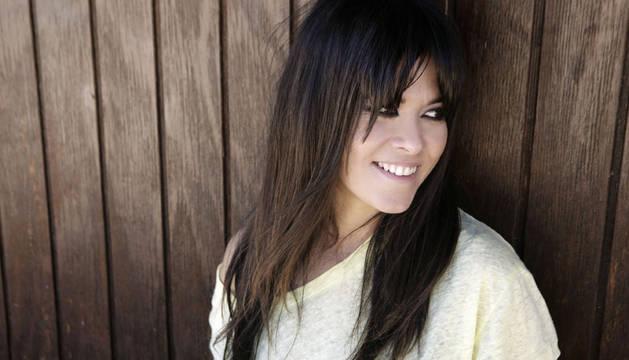 Vanesa Martín interpretará la canción de cabecera 'Hablarán de ti y de mí'