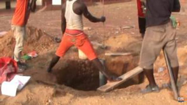 Un pozo de agua navarro en Sierra Leona