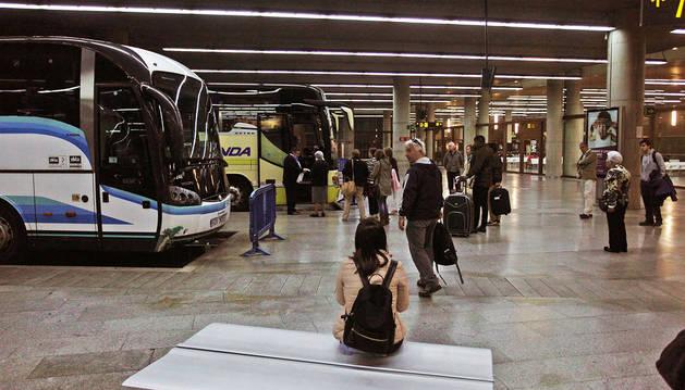 Imagen de la dársena principal de la estación de autobuses de Pamplona, inaugurada en noviembre de 2007.