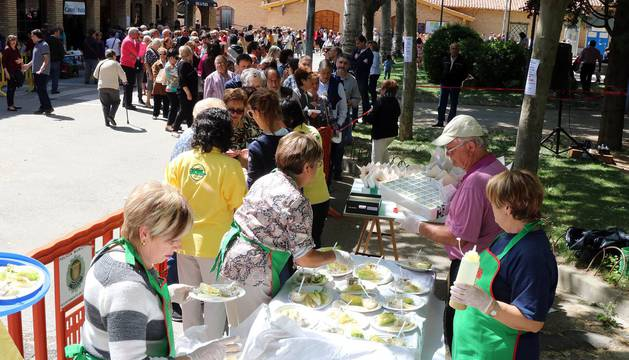 Concurso de guisos con verduras en el barrio de Lourdes