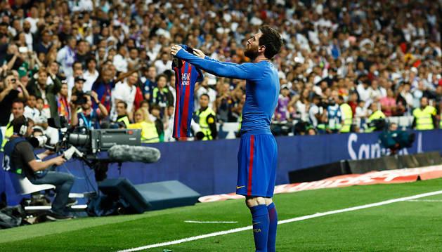 Messi conquista el Bernabéu y enciende la Liga