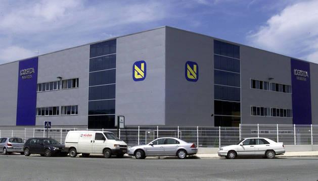 Imagen de la fachada de las instalaciones de ID Logistics en el polígono Arazuri-Orkoien.