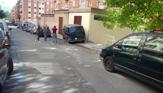 Imagen de la calle en la que se ha producido el atropello a un peatón por un ciclista.
