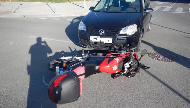 Imagen de la calle María Lacunza, donde se produjo el choque entre la motocicleta y el vehículo.