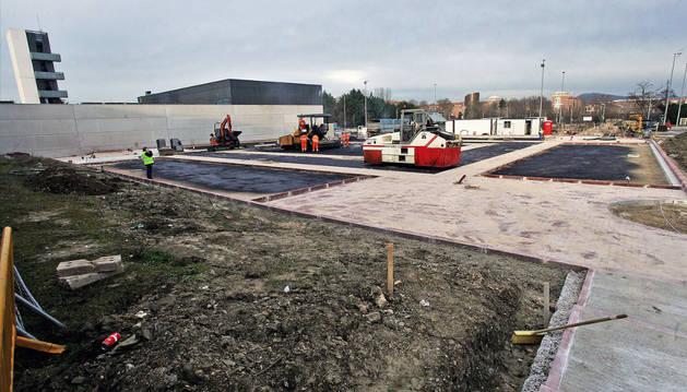 El parking de autocaravanas en plena obra, en una imagen del pasado mes de febrero.