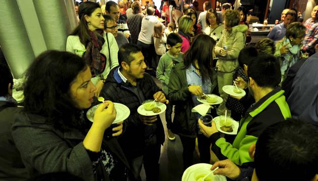 Degustación de pinchos durante las pasadas Jornadas del Brócoli de Funes.