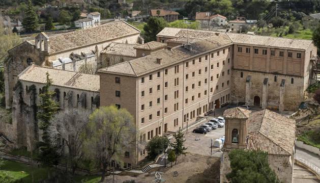 Vista de las dependencias residenciales, entre Santo Domingo y Santa María Jus del Castillo.