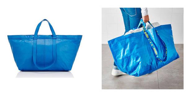 A la izda., el bolso diseñado por Balenciaga, y a la dcha, la bolsa azul de Ikea.