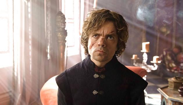 Un fotograma de la serie 'Juego de Tronos' en el que aparece Peter Dinklage