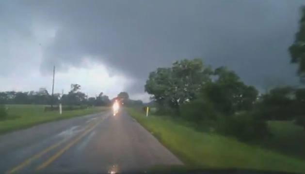 Imagen de uno de los tornados en Texas.