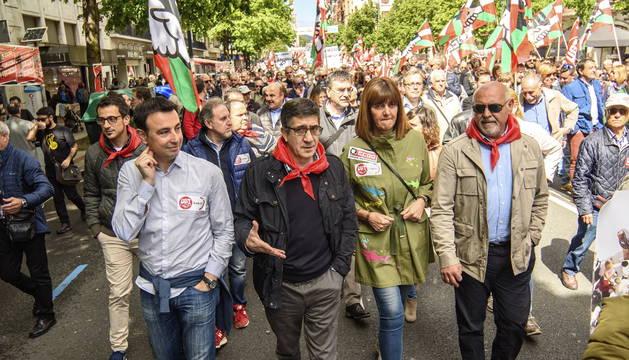 Patxi López e Idoia Mendia en la manifestación de Bilbao con motivo del 1º de Mayo