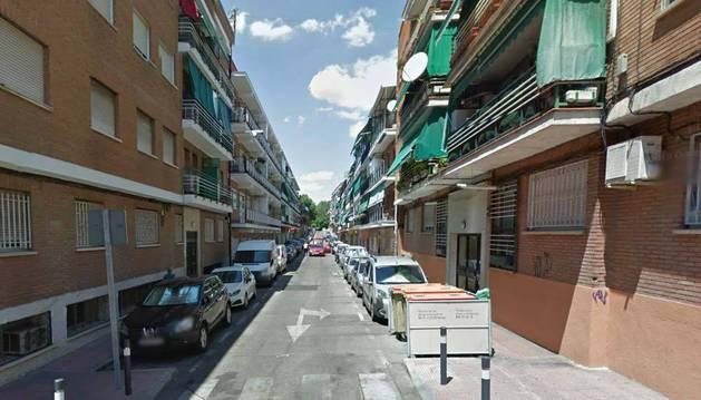 Una mujer y su hijo de 12 años, muertos a cuchilladas en su vivienda de Alcobendas