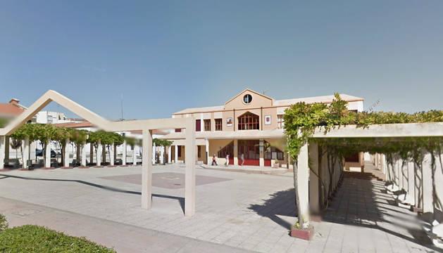 Ayuntamiento de Coria, en Cáceres, donde ha fallecido un niño electrocutado.