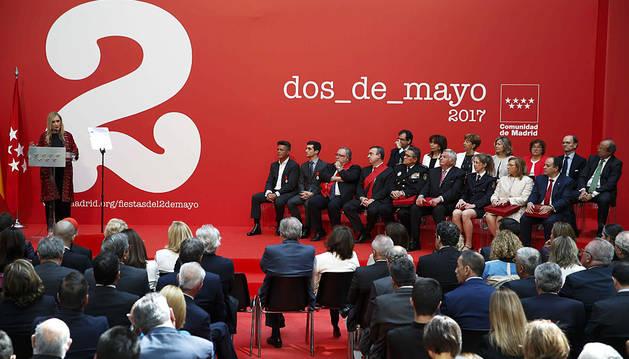 Alejandro Sanz y Javier Fernández reciben la Medalla de Oro de Madrid