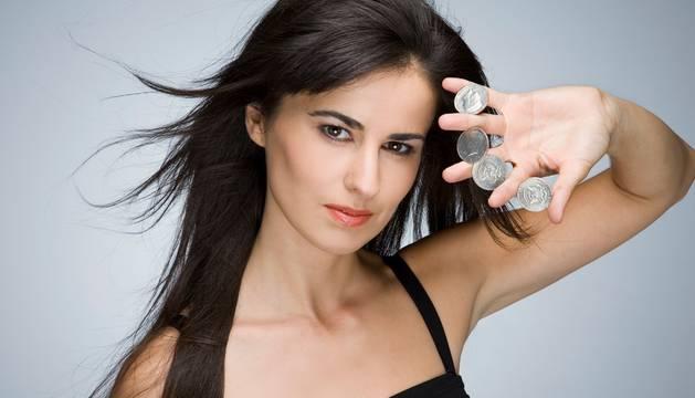 Inés la maga es la cabeza de cartel para el Mes de la magia en Sendaviva