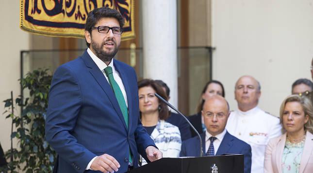 López Miras jura su cargo como séptimo presidente de Murcia
