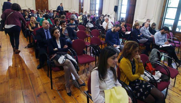 Foto de los asistentes a la presentación del tercer Plan Internacional de Navarra en el INAP.