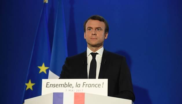 Macron, antes de iniciar su discurso, este domingo