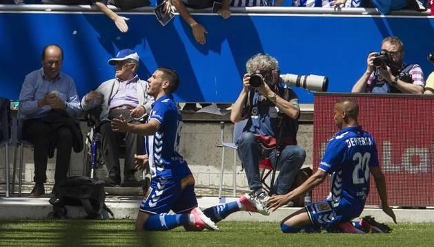 Theo celebra su gol al Athletic ante su hinchada