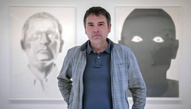 José Miguel Corral, ayer, en la exposición Ejemplos Samsa que presenta en el edificio El Sario de la UPNA.