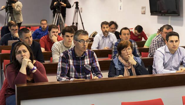Encuentro social inédito con directivos de Osasuna