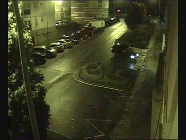 La llegada en vídeo de conductor ebrio al garaje de Policía Municipal de Pamplona