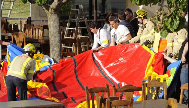 Fallece una niña de seis años en Girona al volarse un castillo hinchable