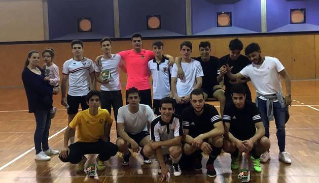 Todas las imágenes de los equipos juveniles tudelanos que participaron en el evento solidario.