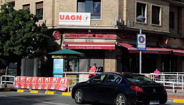 Exterior de la sede de UAGN en Pamplona.