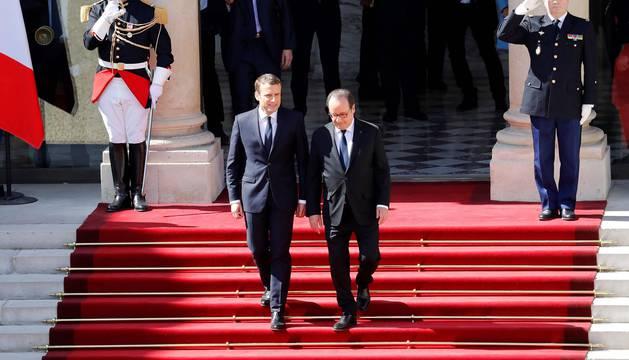 Emmanuel Macron se convierte en el presidente más joven de Francia