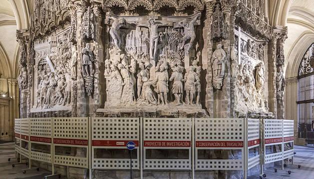 La Catedral de Burgos busca la solución definitiva al deterioro de sus relieves