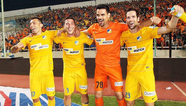 David Barral, Roberto Lago, Urko Pardo e Iñaki Astiz celebran el título conseguido este fin de semana