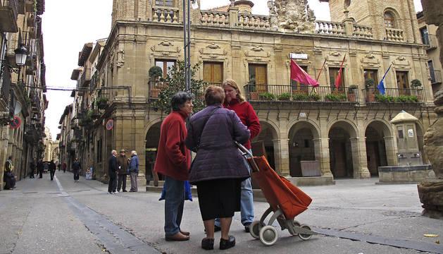 Imagen del ayuntamiento de Viana, ubicado en la plaza de los Fueros.
