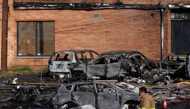Dos muertos al estrellarse una avioneta contra varios edificios en Nueva Jersey