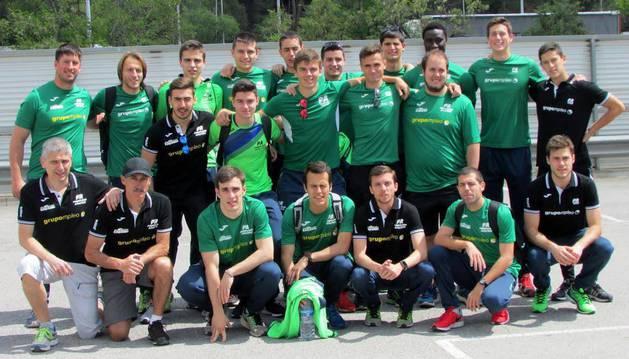 El equipo masculino, con Quijera e Ignacio Santamaría.