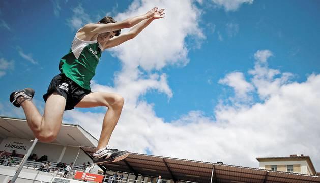 Imágenes de la jornada de Juegos Deportivos Larrabide