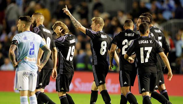El Real Madrid arrolla al Celta y acaricia el título de Liga