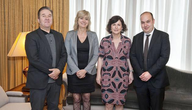 Los Gobiernos navarro y vasco colaborarán en temas relacionados con la  diáspora