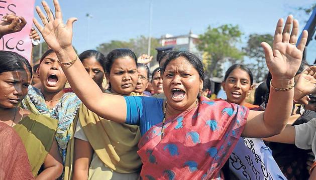 Una niña india de 10 años presuntamente violada por su padrastro podrá abortar