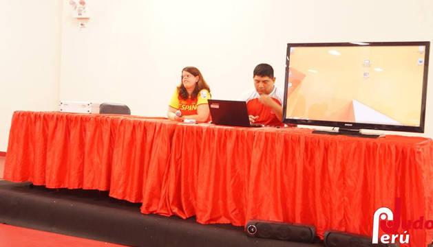 Charla de Laura García en Perú
