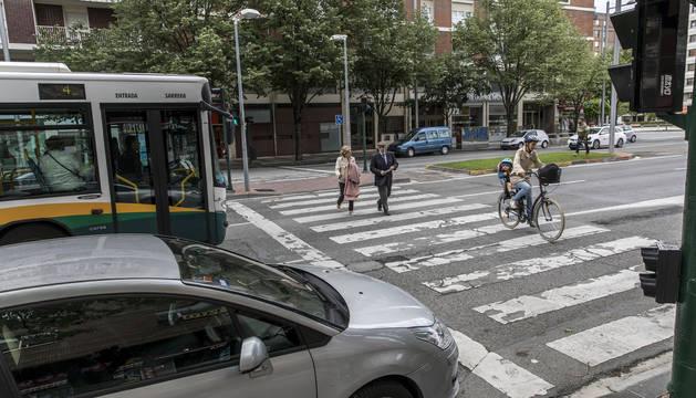 Coches, ciclistas, peatones y transporte urbano en la imagen, los elementos que se quieren reordenar en Pío XII.