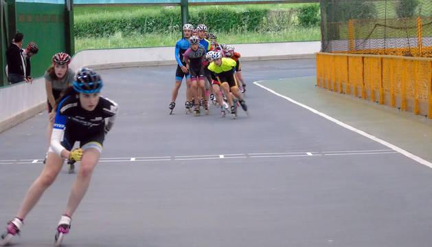 Patinaje de altura en Lagunak con el Campeonato de España de pista junior y senior
