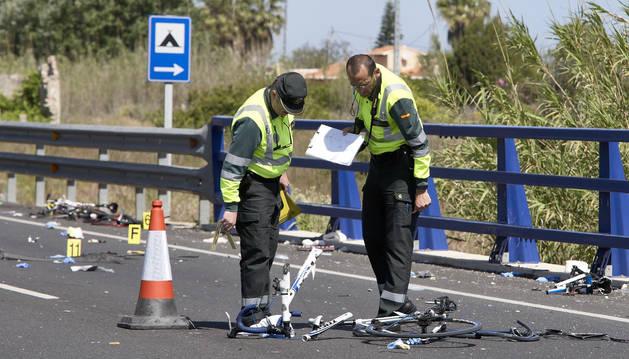 Accidente con tres ciclistas fallecidos en Oliva (Valencia). La conductora dio positivo.